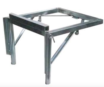 Support métallique pour entonnoir et goulottes en zinc